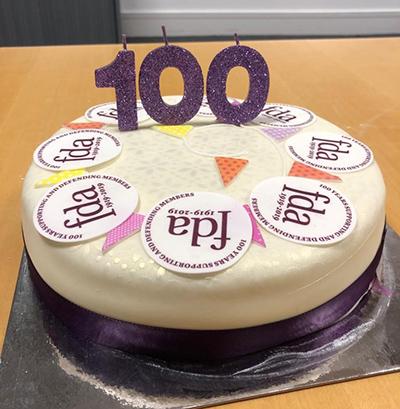DWP-Cake-400