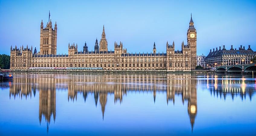 Palace_of_Westminister_reflection-847